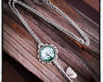 cabochon green tree and key silver pendant necklace