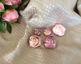 Pink set of five color satin rose buds