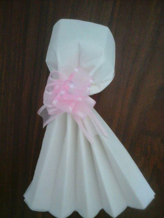 mariage pliage serviette robe de mariee. Black Bedroom Furniture Sets. Home Design Ideas