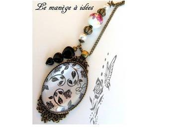 "Baroque necklace ""baroque arabesques"" bronze metal."