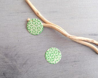 Soft 2 X charms ivory and green sequins (one side pattern and a solid)
