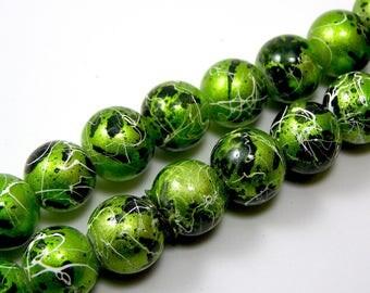Set of 10 glass 10 mm Green drawbench beads