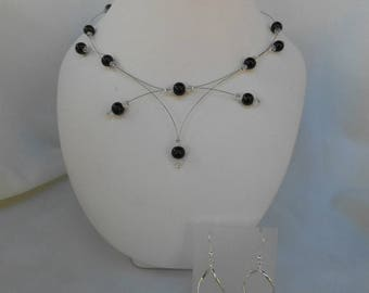 Set 2 pieces PERLICA necklace and Earrings black