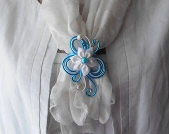 """Tie shawl """"ARIELLE"""" with white satin flower"""
