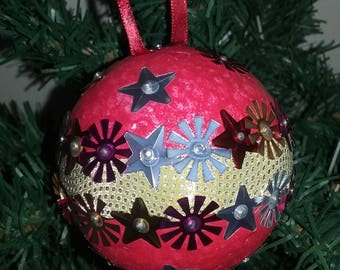 Christmas - red harmony ball