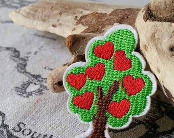 1 patch tree hearts patch to sew or iron