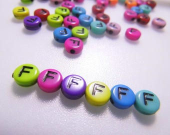 LETTERS COLOR - F - 7MM ACRYLIC BEADS