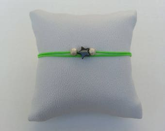 Bracelet fine adjustable hematite Pearl sour Apple green star
