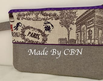 MAXI clutch PARIS cotton canvas, with strap and zipper in the purple lace & piped finish.