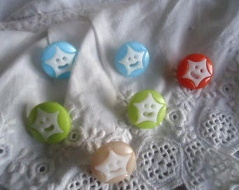 Nice set of 6 buttons star decorative several colors!