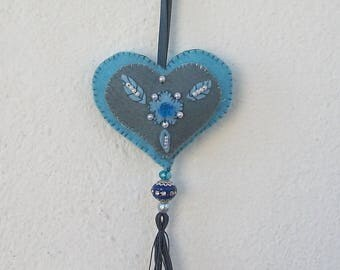 heart embroidered and felt beads