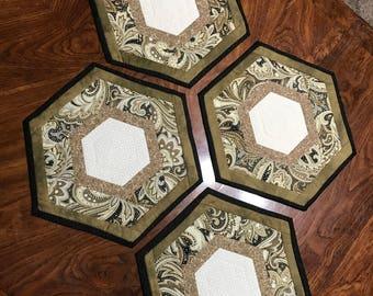 4 Piece Place Mat Set