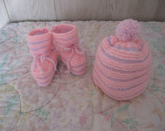 baby set hat and booties bicolor