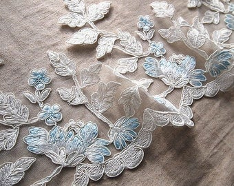 Beautiful wide lace embroidered by the gordons wonderfully 20 cm