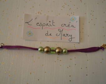 Bracelet made of satin ribbon for girl, acrylic beads