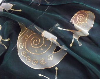 "Green silk scarf ""snails"""