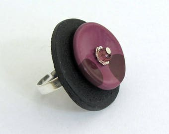Round ring with polymer clay, purple, purple, black, polymer clay, fimo, bubbles, dots