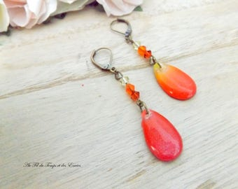Red-orange gradient pendant earrings