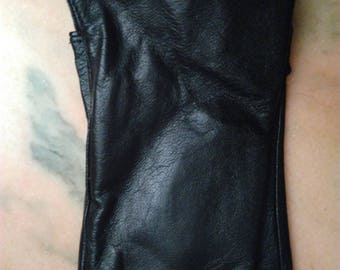 Black decorated with lace black leather gloves