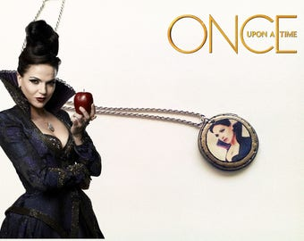 Jewelry: Necklace Once upon a time, The evil queen Regina.