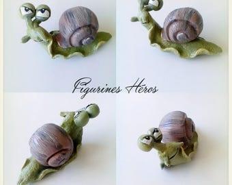 Lucien funny snail figurine