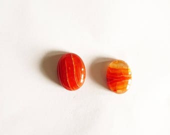 set of 2 round cabochon agate orange and cream dragon vein