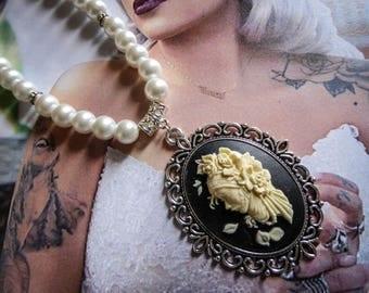 Necklace Boho Chic Pearl steampunk Star Wars ♰Amidala♰ silvery cream pearls