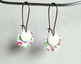 Bronze colored Metal earrings - printed flowers-