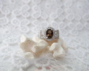 T58 dark smoky quartz and silver ring