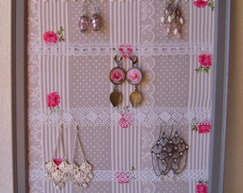 Picture / frame, display earrings