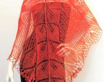 "Shawl triangular knit ""rust"""