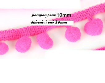 One meter of tassel color: fuchsia pink trim