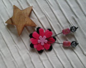 Black and pink felt and polymer clay flowers brooch
