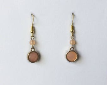 Retro 1980's Peach Pink Gold Faceted Lucite Dangle Drop Statement Earrings