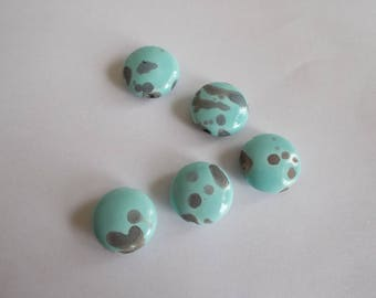 1 set of 5 flat round ceramic beads