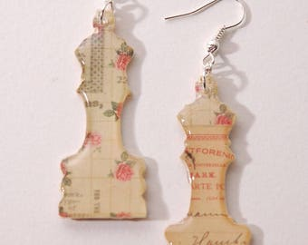 Chess, flowers, handwritten old, beige and pink earrings