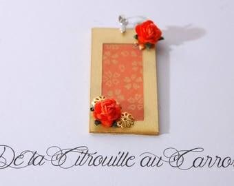 Orange and gold pendant, Asian style, orange, gold filigree flower