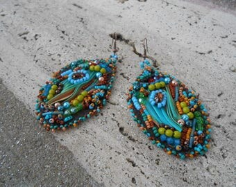 """Embroidered earrings """"Aiko"""" silk and pearls"""