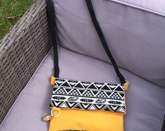 Reversible ethnic boho bag/clutch and lined so chic!