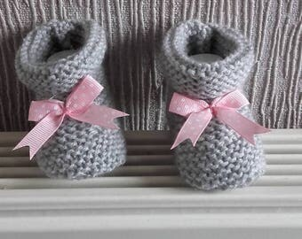 Baby / reborn wool 0/3 months pink wool gray bow