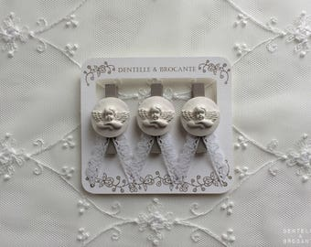 Set of 3 romantic retro wooden clothespin clips: Angel and lace