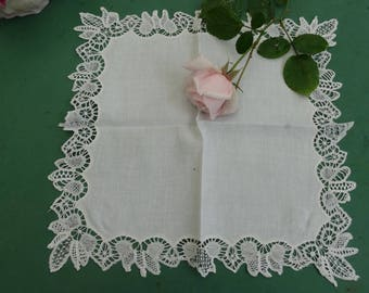 Wedding lace, vintage, antique wedding accessory wedding hankie, handkerchief fine French lace white lace handkerchief