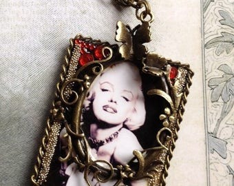 Retro/vintage necklace Marilyn Monroe, Norma Jeane Baker