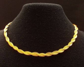 aluminum colored wire necklace