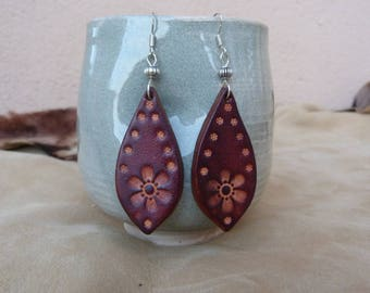 Earrings leather small brown flowers