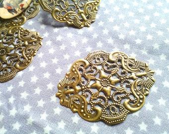 2 pretty prints bronze metal filigree 44 x 34 mm