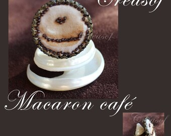 "Embroidered fabric ring, ""Macaron Café"""