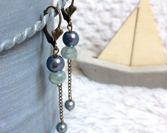 Dangling earrings shades of gray