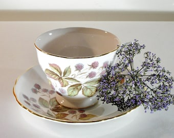 Vintage Royal Vale Teacup and Saucer, Berry Teacup, Fine Bone China, Made in England