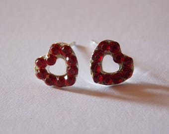 Pair of modern heart red rhinestone Stud Earrings
